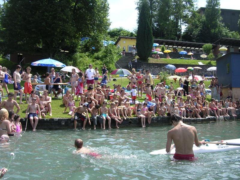 So siehts aus, wenn in der Rotsee-Badi sommerlicher Hochbetrieb herrscht.