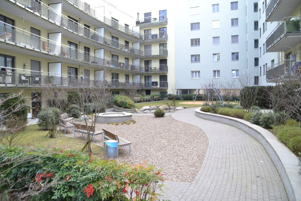Bei diesem Bauprojekt lag der Fokus der Innenhof-Gestaltung ganz auf der Lebensqualität (zwischen Neustadt- und Spannortstrasse).