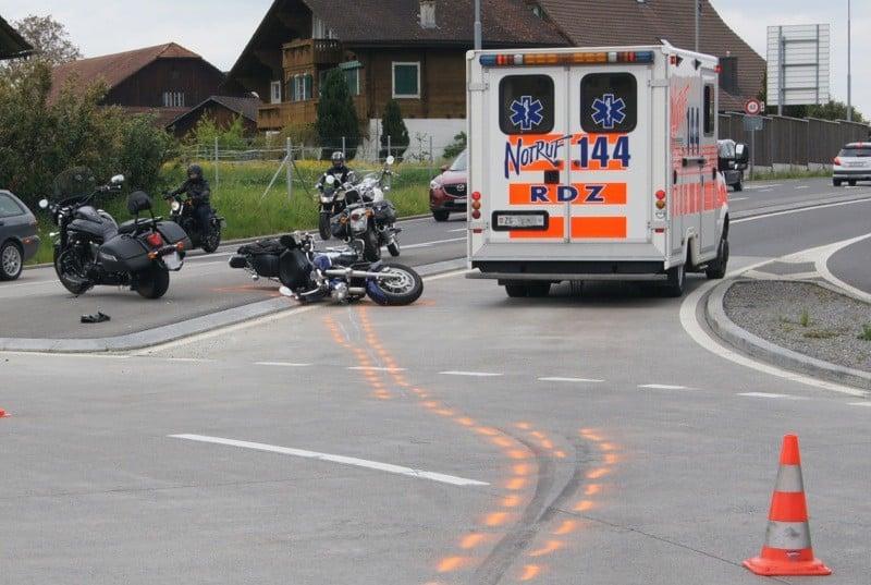 Motorradlenker gestürzt und mittelschwer verletzt