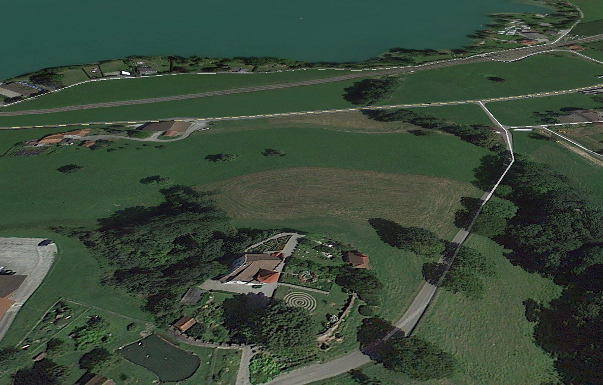 Schloss Wartensee mit Blick auf den Sempachersee. (google maps)