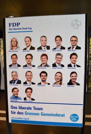 Die FDP zwängt 17 Köpfe auf ein Plakat