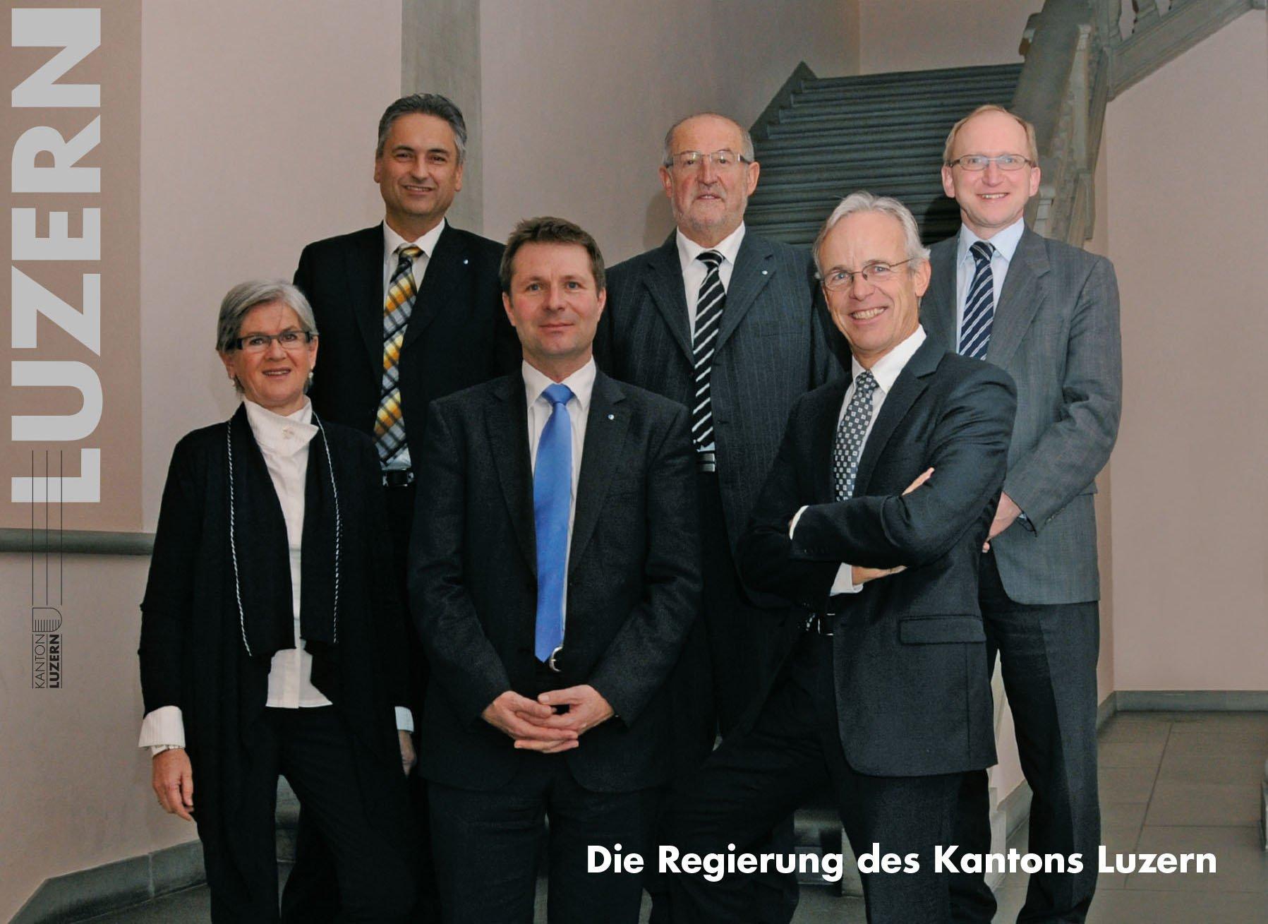 Foto 2011: (v.l.) Yvonne Schärli-Gerig (SP), Guido Graf (CVP), Marcel Schwerzmann (pl), Anton Schwingruber (CVP) und Max Pfister (FDP). Rechts Staatsschreiber Markus Hodel.
