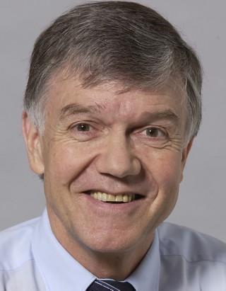 Carl Bossard, Gründungsrektor der PH Zug und ehemaliger Direktor der Kantonsschule Alpenquai Luzern, Autor.