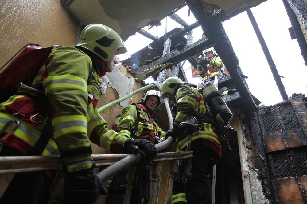 Der Brand richtete einen grossen Schaden an. (Bild: FWL)