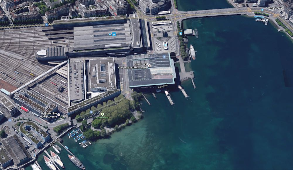 Tolle Lage: Das Inseli liegt hinter dem Luzerner Bahnhof, direkt neben dem KKL und am Seeufer.