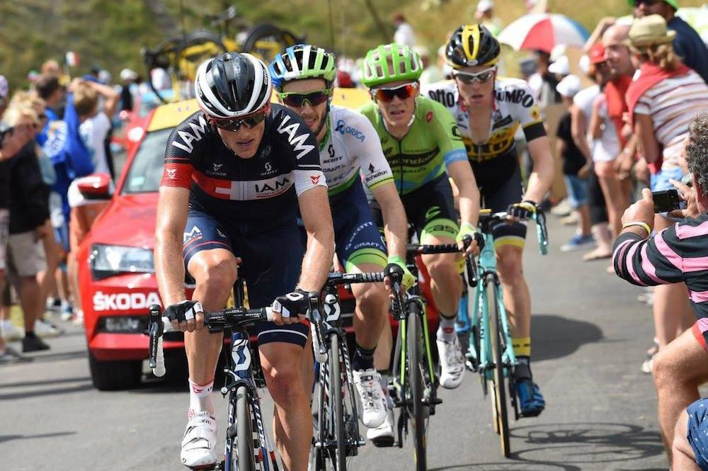 Der Schweizer Mathias Frank im Angriff. Auf der 17. Etappe wollte er es wissen, griff an und machte im Gesamtklassement einen grossen Sprung nach vorne (Bild: Graham Watson/BettiniPhoto).