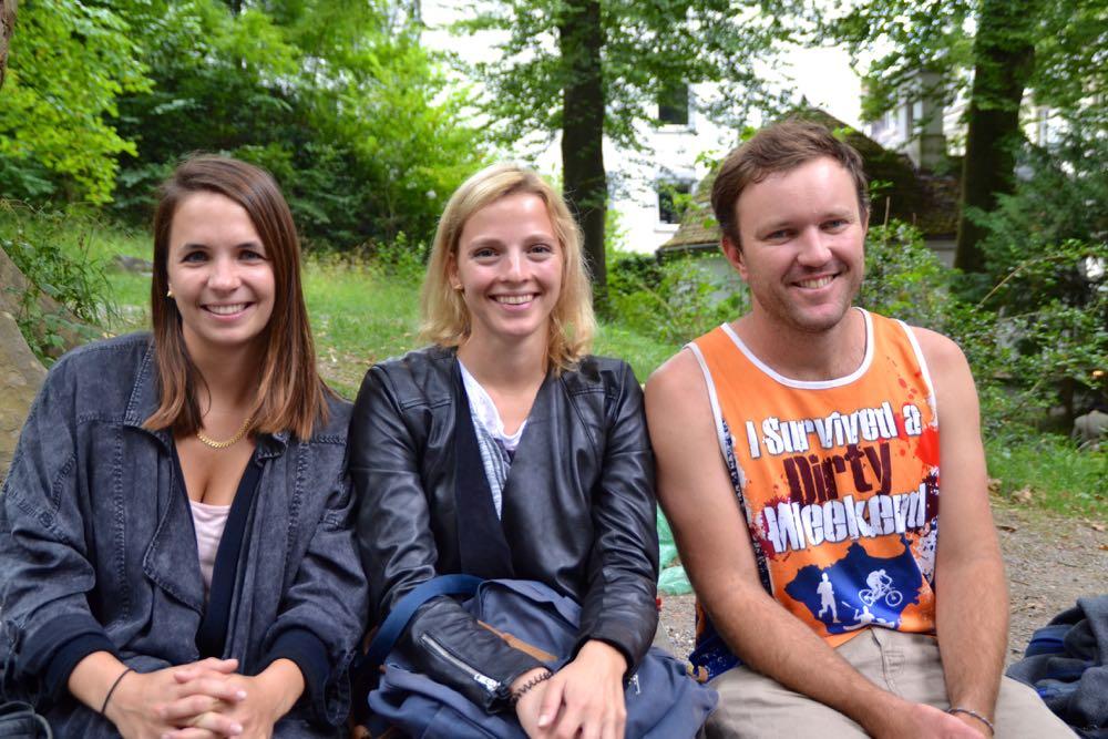 Zwei Reiseführerinnen für einen Australier: Derek Hatch ist insgesamt fünf Monate in Europa und Afrika unterwegs.