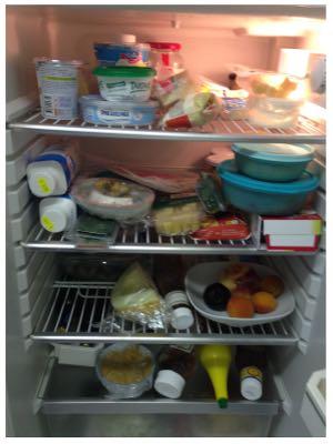 Diesen Kühlschrank haben wir randvoll angetroffen.