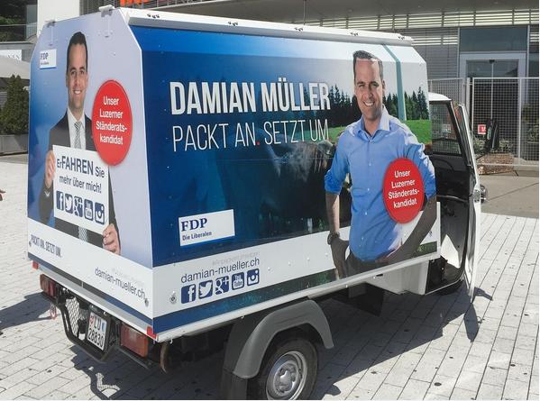 So sieht das Wahlmobil von Damian Müller aus.