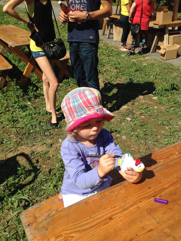 Die Kleinen hatten ein eigenes Rennen und durften ihre Kandidaten sogar bemalen.