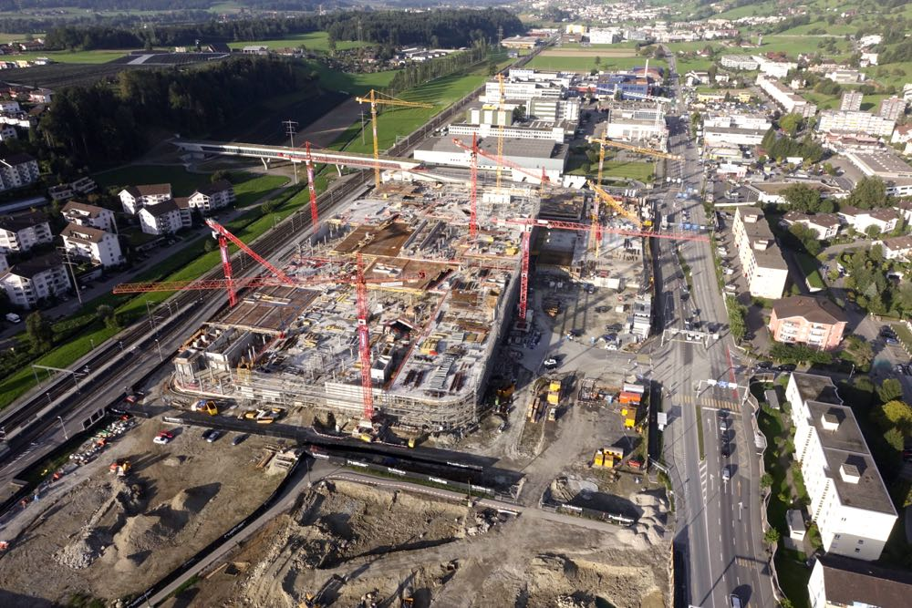 So sah die Baustelle Mitte September aus der Luft aus.