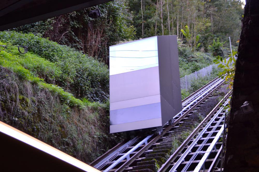 So sieht eine Kabine der neuen Gütsch-Bahn aus.