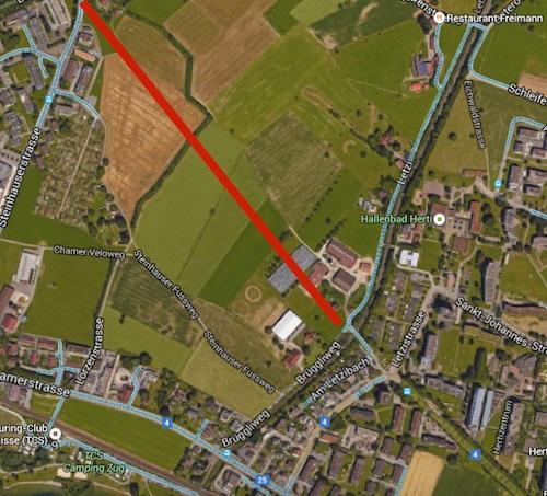 Hier zu sehen ist die ungefähre Linienführung würde die General-Guisan-Strasse (unten rechts im Bild) tatsächlich verlängert werden. Oben links befindet sich die Schochenmühle.