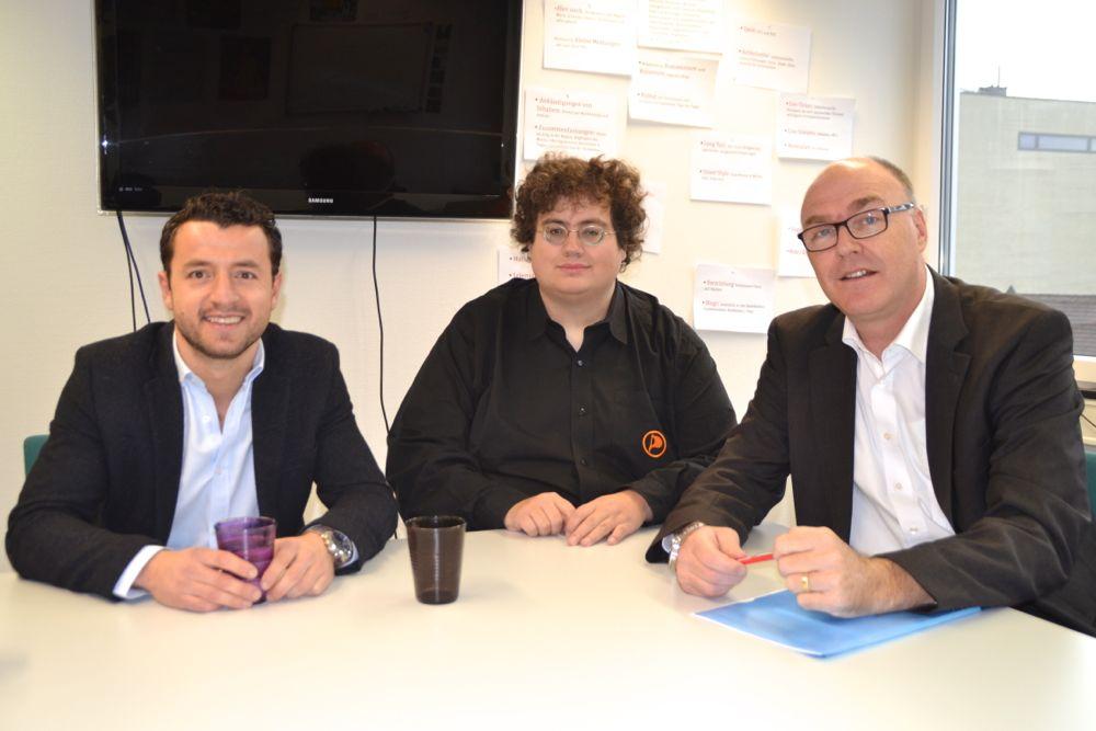 Die drei Kandidaten für die Zuger Ersatzwahl Zari Dzaferi (SP), Stefan Thöni (Piraten) und Martin Pfister (CVP) auf der Redaktion.