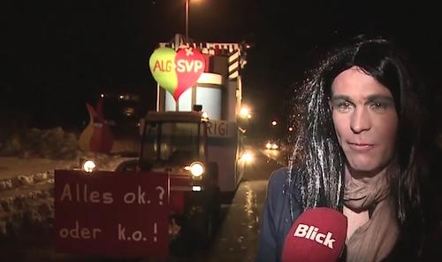 Beat Betschart vor seinem Umzugswagen an der Fasnacht 2015 in Menzingen im Interview mit dem Blick. (Screenshot Youtube)