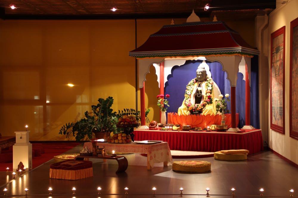 Die Kung-Fu-Schule beinhaltet auch einen buddhistischen Tempel.