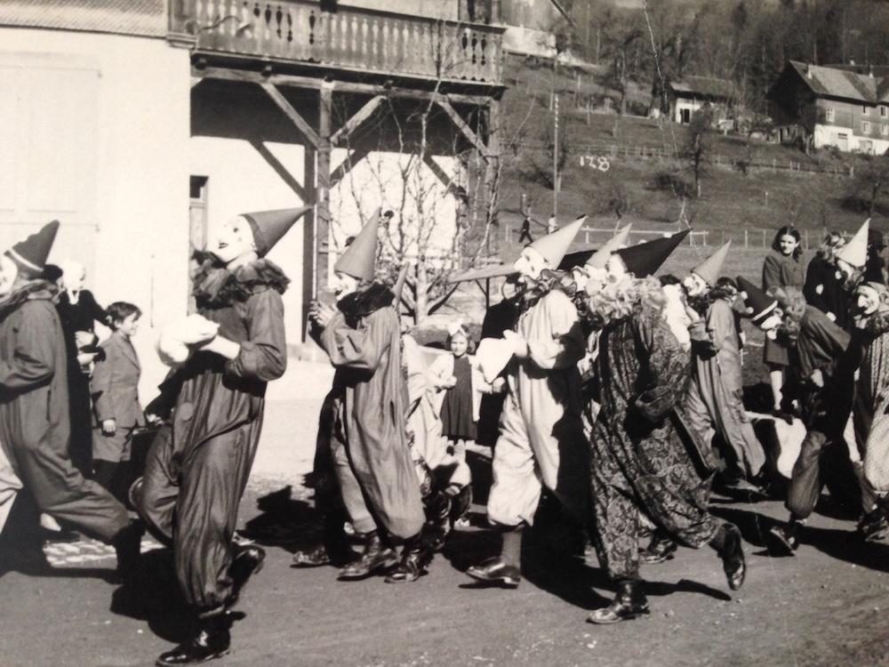 Ein kleiner Einblick in die Unterägerer Fasnacht der 1920er-Jahre.