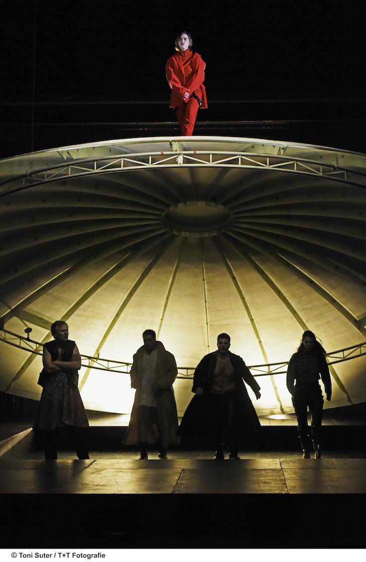 Am Luzerner Theater inszeniert Andreas Herrmann seine zweitletzte Produktion – ein Stück Revolution.