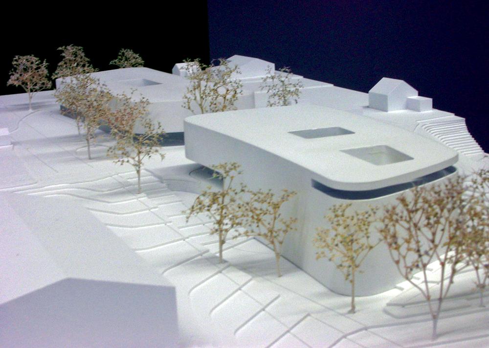 Die Architekten bauten für Pro Integral sogar ein Modell des geplanten Zentrums – bezahlt wurden sie nicht.