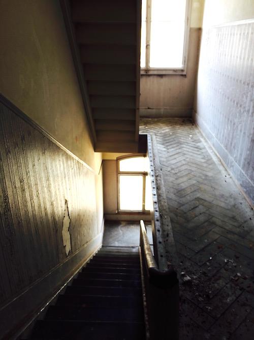 Treppenaufgänge wurden damals relativ eng gebaut. (Bild: Aldo Caviezel)