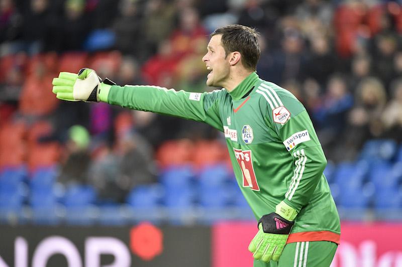 Zibung gibt lautstark Anweisungen an seine Vorderleute. Hier beim Rückrundenauftakt gegen den FC Basel Anfang Februar.