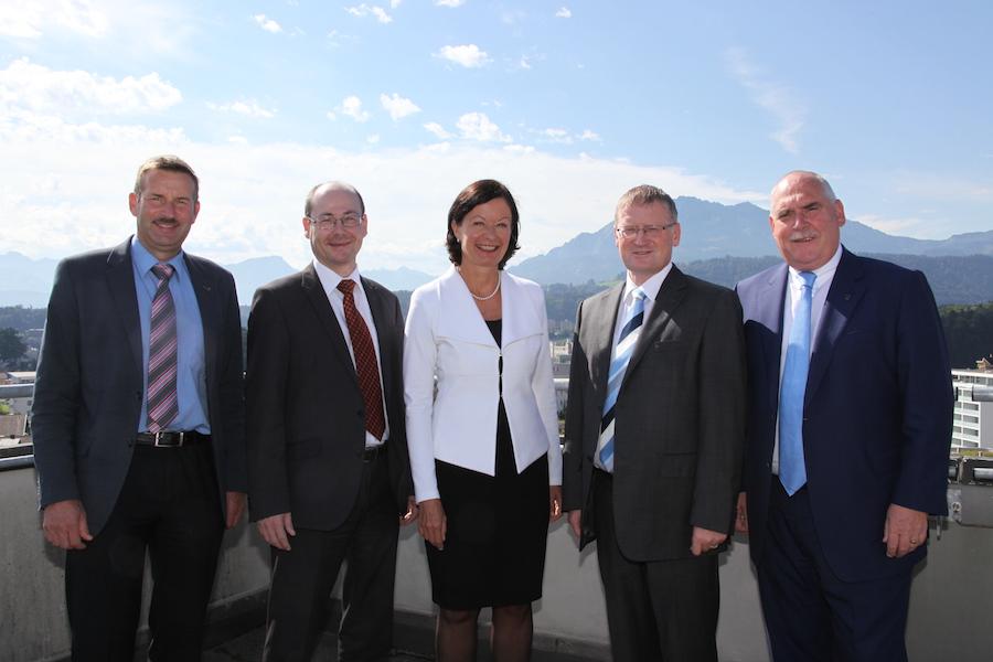 Der alte und wohl auch neue Emmer Gemeinderat: Josef Schmidli (von links), Thomas Lehmann, Susanne Truttmann, Rolf Born und Urs Dickerhof.
