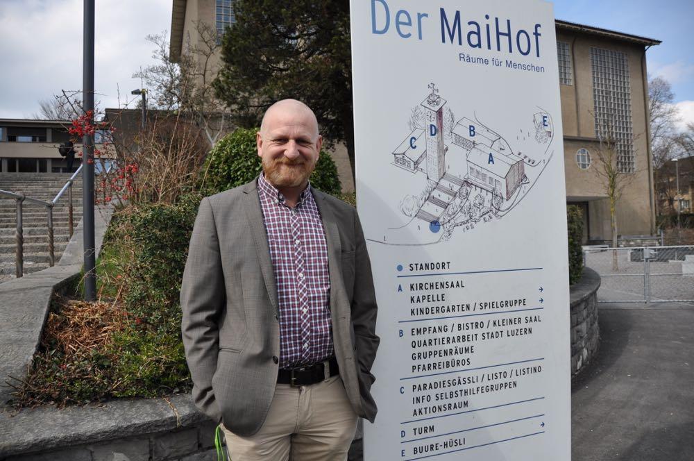 Franz Zemp, Leiter der Pfarrei MaiHof, ist seit letztem August auch Seelsorger der Gassenarbeit.