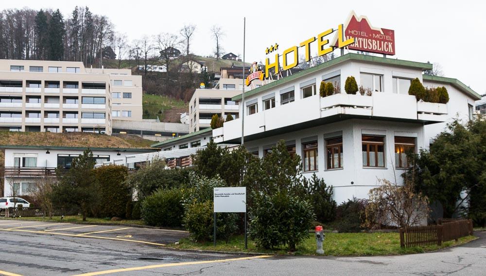 Im ehemaligen Hotel Pilatusblick sind seit November 70 UMA untergebracht.