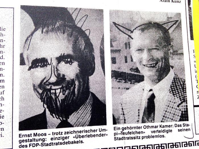 Schon früher wurden Wahlplakate von Kandidaten verschmiert, wie dieses Foto von 1990 zeigt.