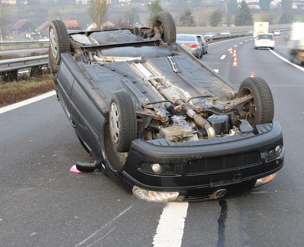 Wer zahlt hier die Polizeikosten? Der Unfallfahrer –und dessen Versicherung.