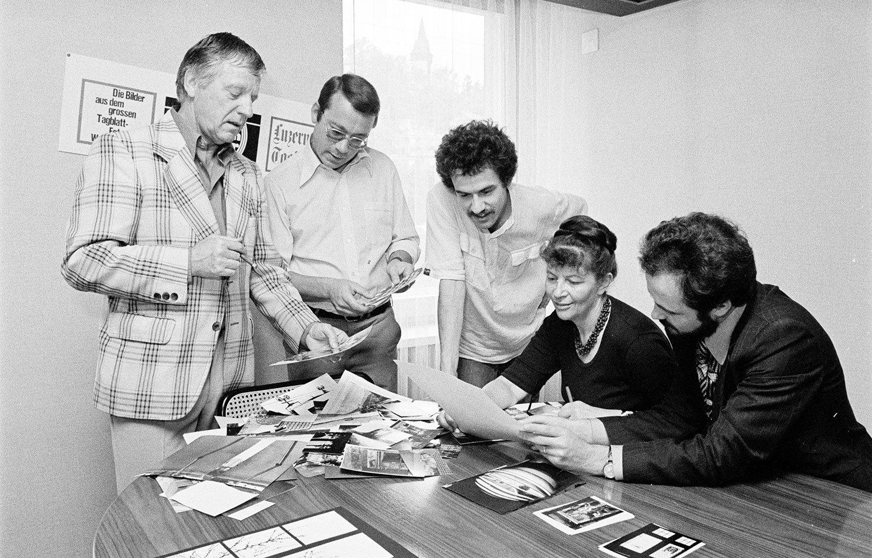 Thomas Bornhauser (Mitte) 1977 in der Jury für einen Fotowettbewerb des damaligen «Luzerner Tagblatt». (Bild: Emanuel Ammon/AURA)