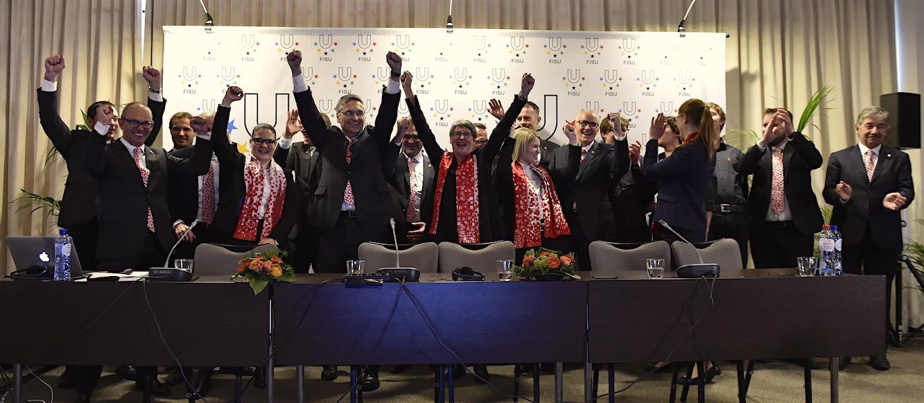 Die Luzerner Delegation freut sich über den Zuschlag zur Austragung der Winteruniversiade.