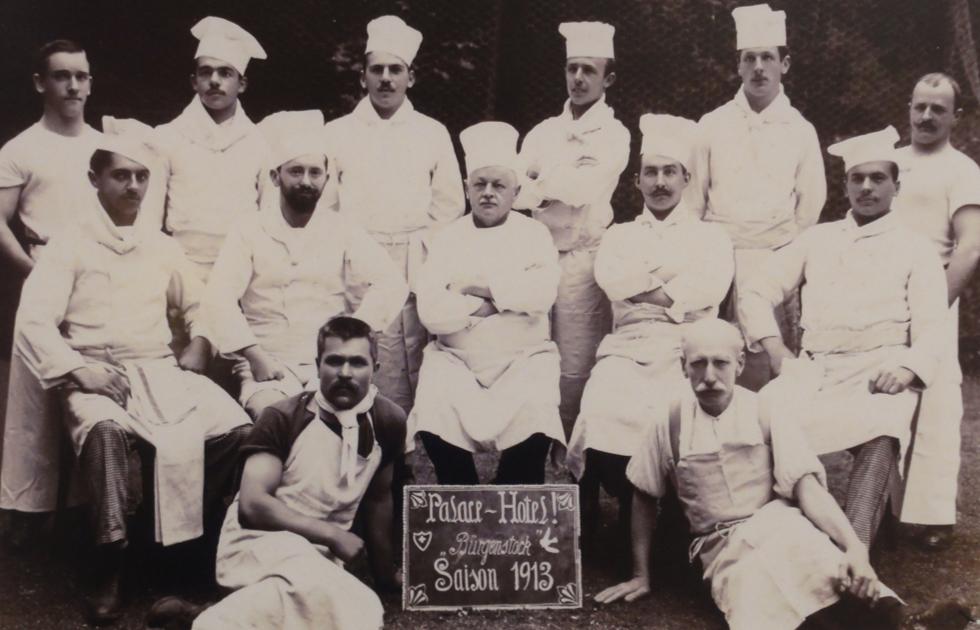 Ein grosses Team von Köchen stand bereits 1916 bereit. (Bild: zvg)