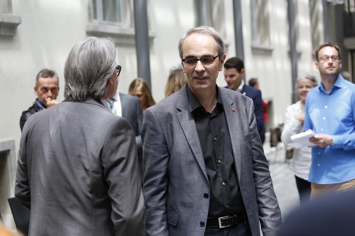 Der alte und der neue Stadtpräsident: Stefan Roth (links) und Beat Züsli (Bild: Jakob Ineichen).