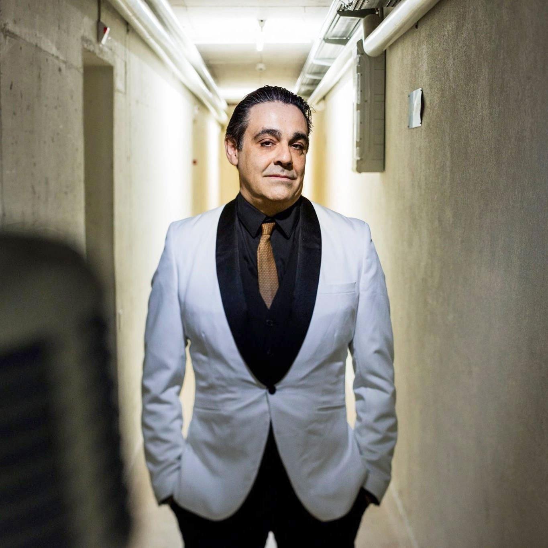 Jesús Turiño organisiert den Abschied von Henk Bergmans – und steuert mit Jet Turino ebenfalls zwei Stones-Songs bei. (Bild: zvg)