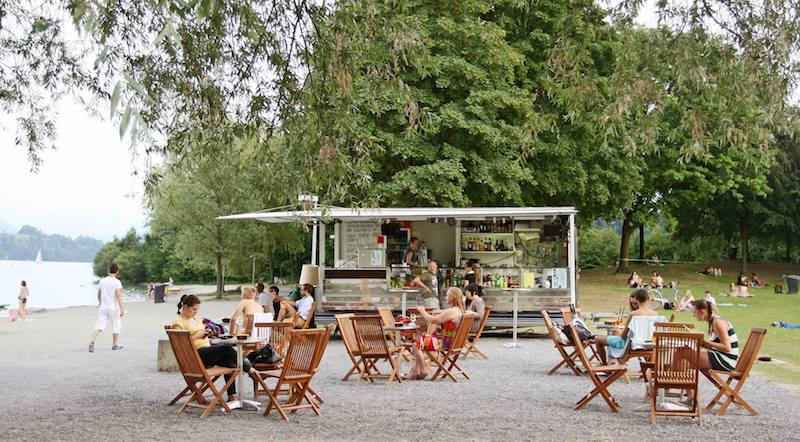 Sascha Welz von der Bar Berlin wird sich nun voll auf die Beach-Bar an der Ufschötti konzentrieren. (Bild: Facebook)