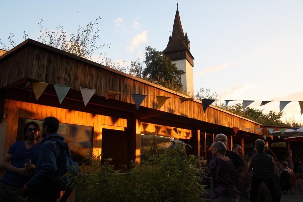 Lauschiger Abend hinter den Musegg-Türmen in Luzern.