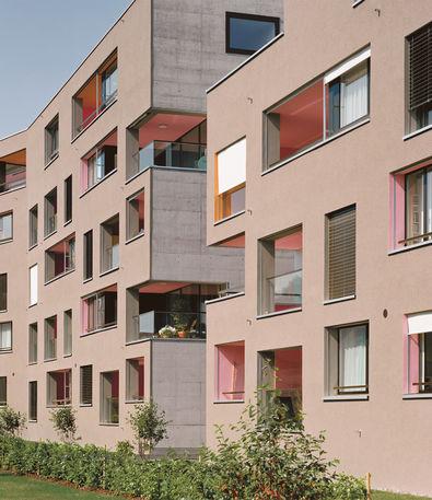 Die Wohnüberbauung Chriesimatt in Baar. Ausgeführt etappenweise ab 2005, Architekten Marco Graber und Thomas Pulver.