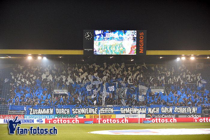 Auch in schlechten Zeiten hielten die Fans zum FCL. (Bild: fcl.fan-fotos.ch / Dominik Stegemann)