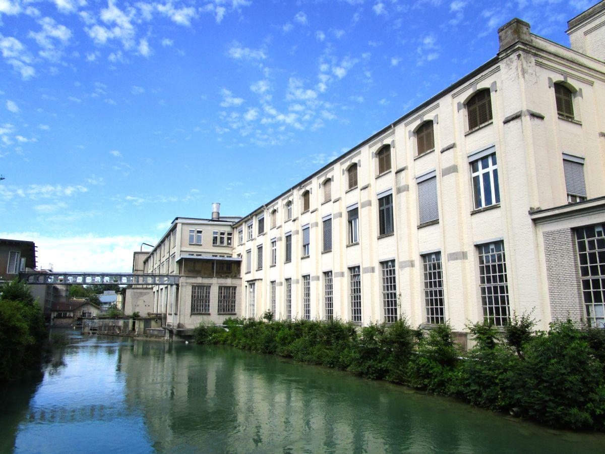 Aufwertung: Entlang der Fabrikgebäude an der Lorze soll ein Steg realisiert werden.