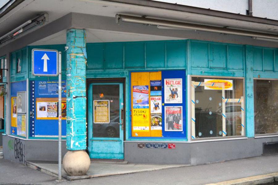 So sah das Lokal lange Zeit aus: türkis und etwas trostlos, früher war da ein Video-Verleih. (Bild: zvg)