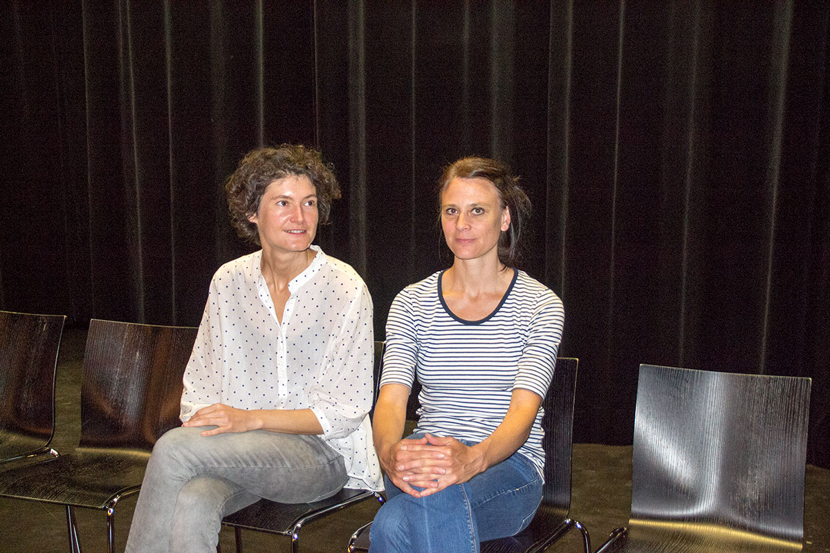 Die Co-Leitung des Kleintheaters: Sonja Eisl (links) und Judith Rohrbach. (Bild: jwy)