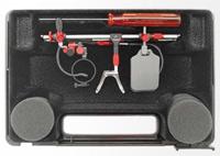 Wie bei einem Lego-Technik-Baukasten kann der Träger bei der Champion-Brille selber Hand anlegen, Schraubenzieher inklusive.
