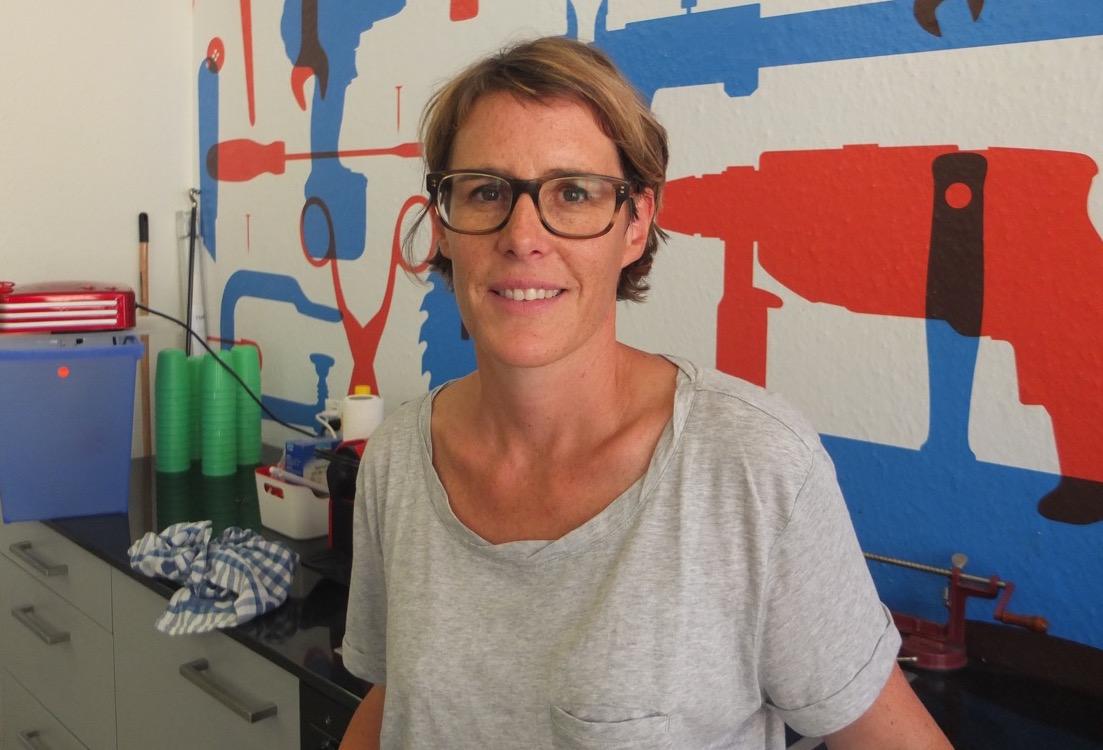 Andrea Erzinger leitet das Tüftelwerk. (Bild: Mirjam Oertli)