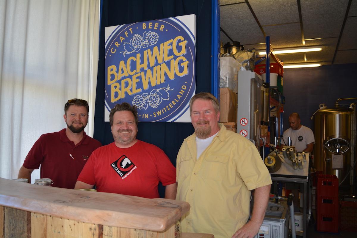 V.l.n.r.: Joshua Armstron, Aaron Willits und Timothy Meeksin ihrer Brauerei. Es fehlt: Pierino Bonetti.