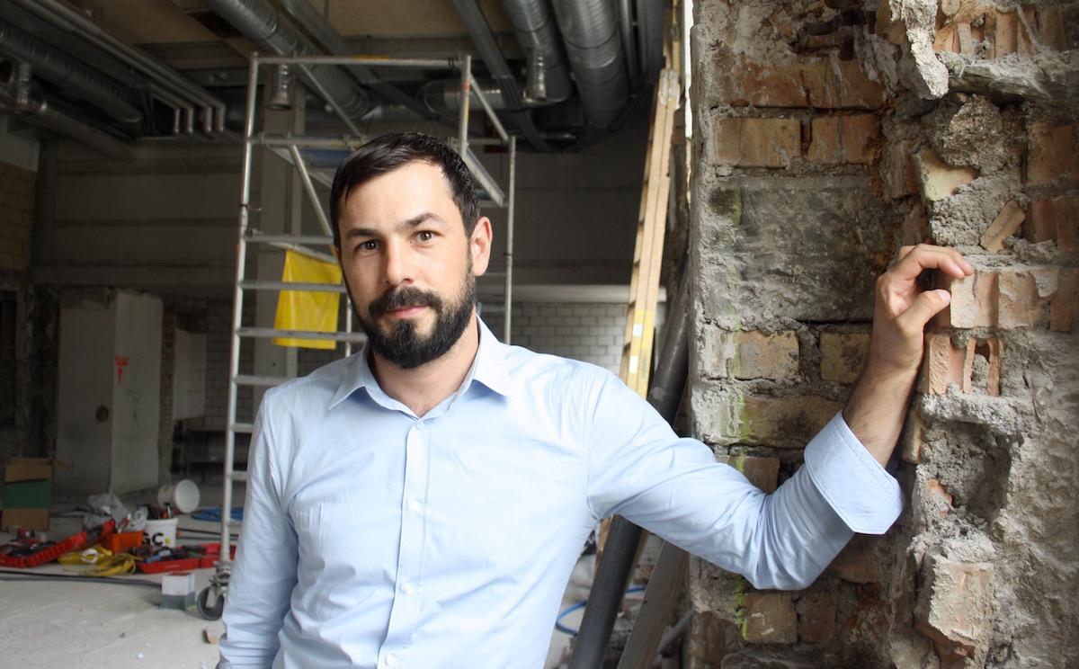 Bastian Eltschinger führt zusammen mit seinem Bruder die Remimag AG und ist Projektleiter des Anker.