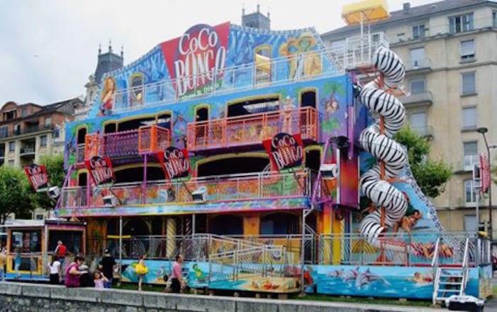 Die Coco Bongo, das vierstöckige Laufgeschäft, ist erstmals an der Luzerner Herbstmesse zu Gast.