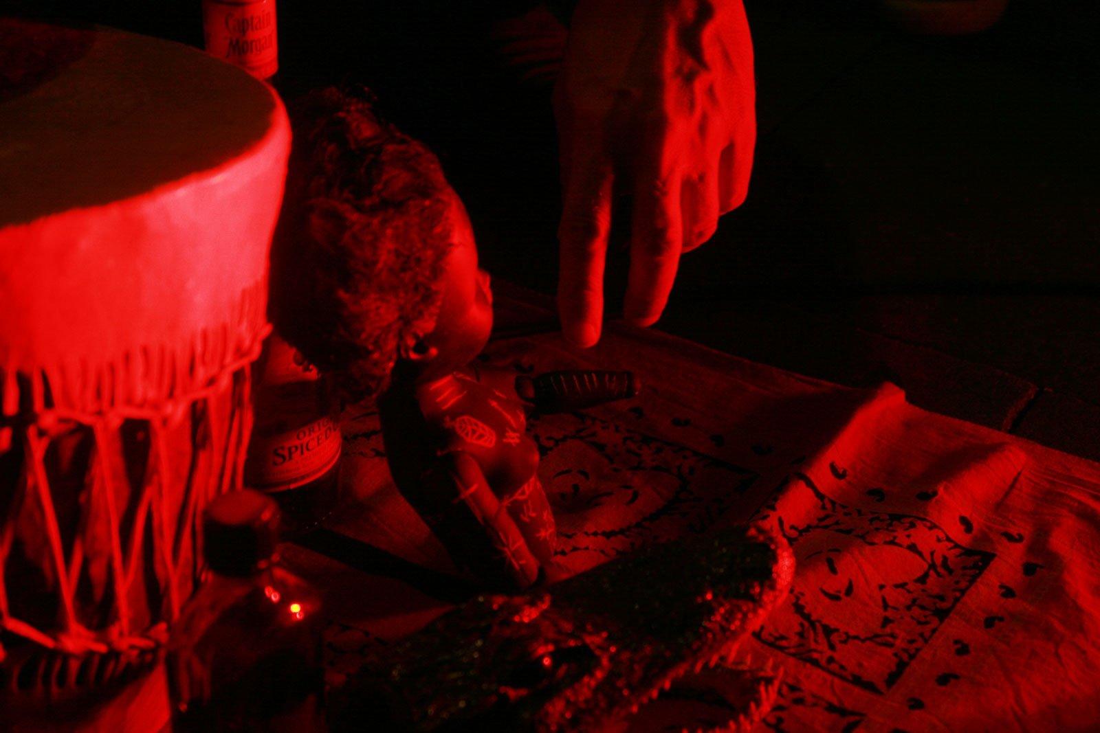 Voodoo-Puppen: Ähnliches kannte man schon im tiefen Mittelalter in der Schweiz.