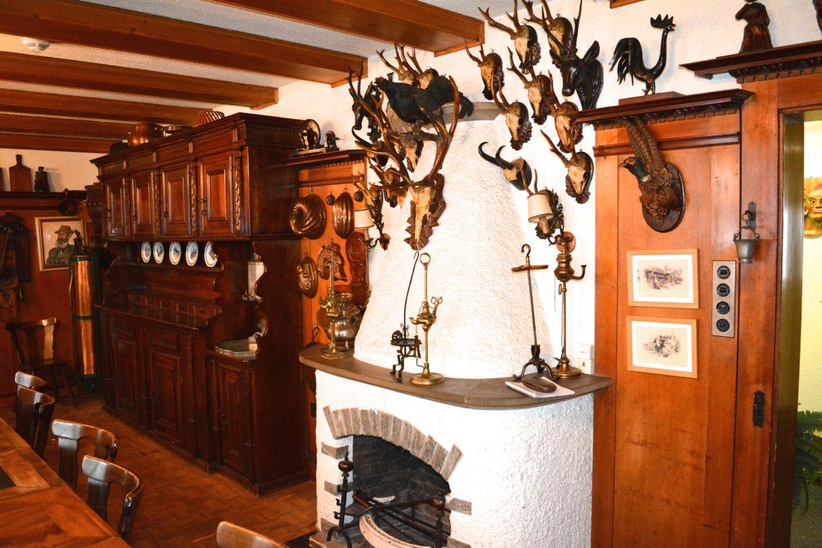 Das Jägerstübli zeugt von der Tradition des Ortes. Das erste Gasthaus wurde 1838 eröffnet.