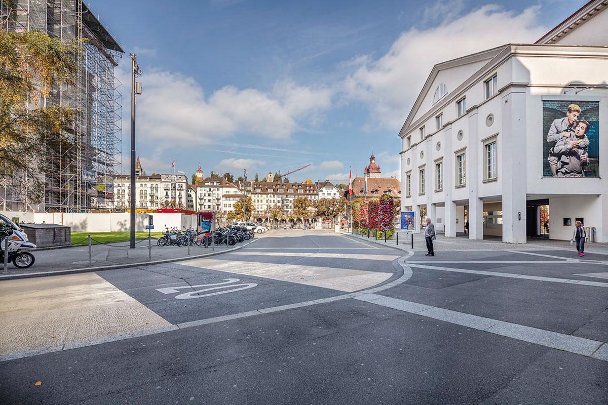 Auch der Theaterplatz wird bald neu gestaltet. (Bild: zvg/Stefano Schröter)